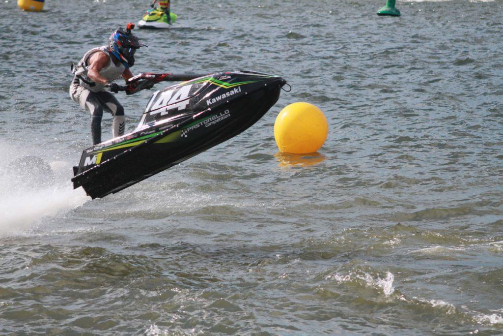Photographie sportive course P1 Jet Cross World tour championnat du monde de jet-ski à bras Nautic'Ham