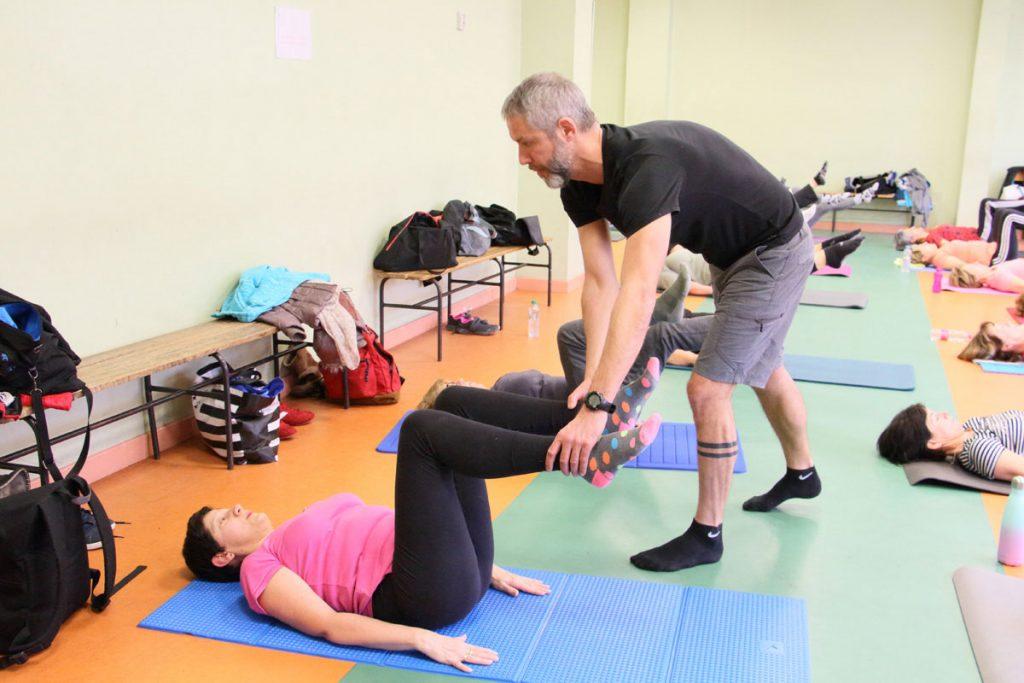 Correction position Pilates Olivier Sergeff Coach Sportif cours de Pilates Thionville