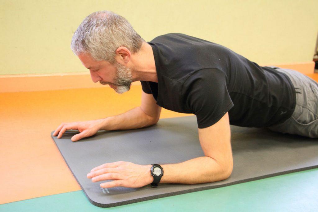 Planche Abdominaux Relaxation Olivier Sergeff Coach Sportif cours de Pilates Thionville