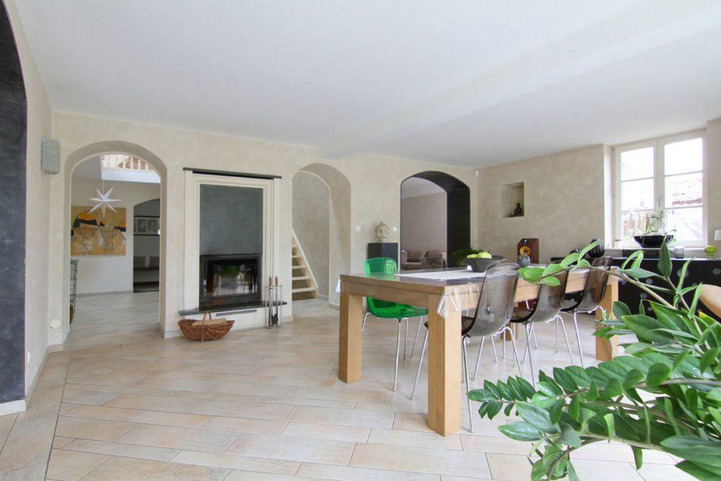 Photographie immobilière salle à manger communiquante maison Kuntzig
