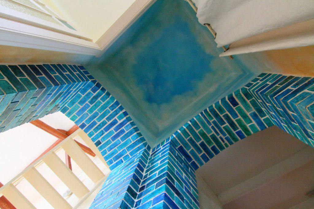 Photographie immobilière plafond peint imitation ciel maison corps de ferme rénové Kuntzig