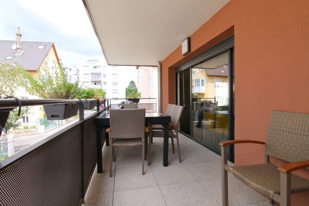 Photographie immobilière balcon appartement Thionville