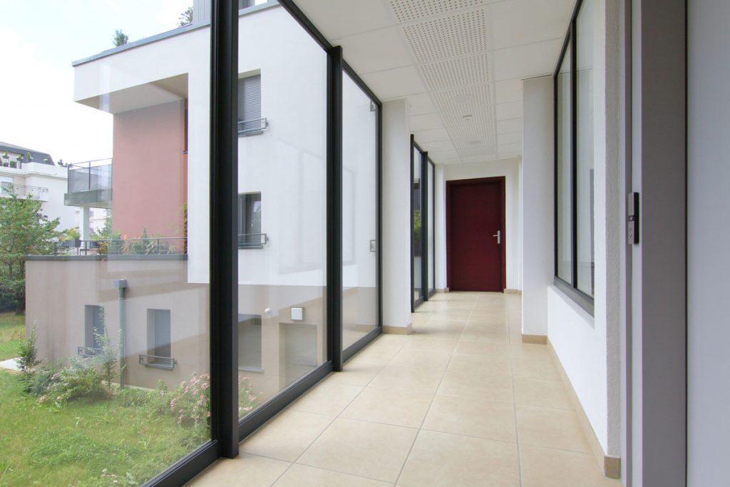 Photographie immobilière hall d'entrée immeuble Thionville